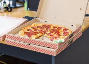 Дебелеем ли на работа?